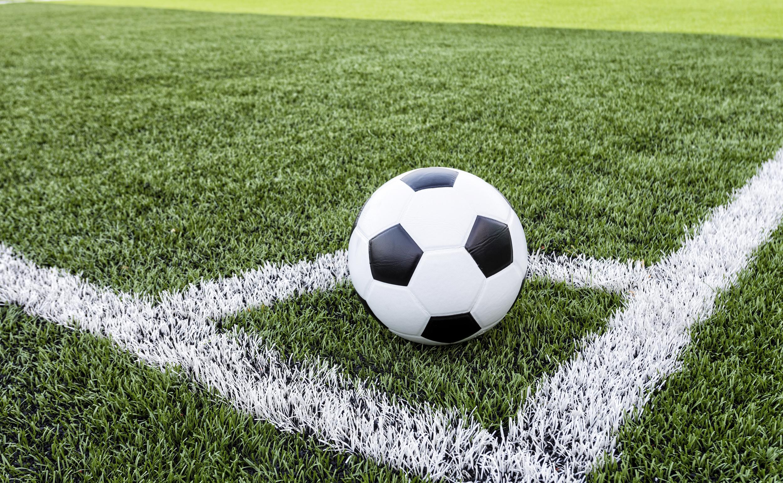 چالشي که ليگ برتر فوتبال را ۱۴ تيمي ميکند!
