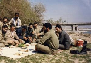 عکس/ دکتر حسن روحانی و آیت ا...هاشمی رفسنجانی در دهه 60