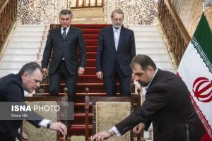 عکس/ دیدار رئیس دومای دولتی روسیه با رئیس مجلس شورای اسلامی