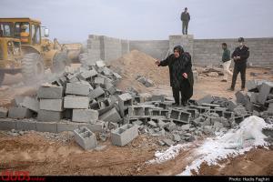 عکس/ تخریب دیوار کشی 650 باغ ویلای غیر مجاز در مشهد