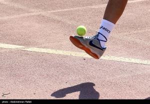 ثبت رکورد روپایی با توپ تنیس در همدان