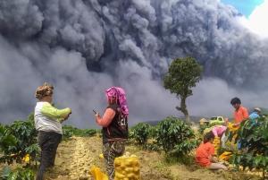 برداشت سیب زمینی در کنار آتشفشان فعال!