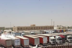 ۹۳ هزار تن محصولات کشاورزی از مرز مهران به عراق صادر شد