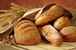 پخت نان رایگان در ۲۰ نانوایی بستانآباد