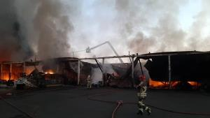 جزئیات آتشسوزی در بارانداز ۱۲ هزار متری شوش