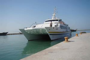 توقف تردد در مسیر گناوه به خارک به علت نقص فنی شناورها
