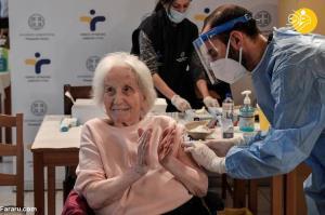 تزریق واکسن کرونا به سالمندان