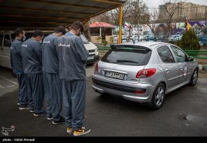 عکس/ بازداشت اعضای باند سریع و خشن