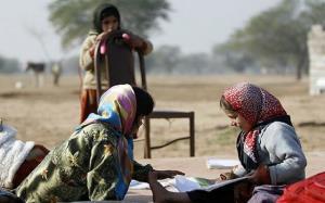 ۷۰ درصد دانشآموزان بازمانده از تحصیل در البرز دختر هستند