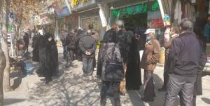 ادامه صفهای طولانی خرید مرغ در مشهد؛ فروشندهها: احتمال کوپنی شدن مرغ
