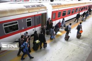 جلوگیری از تردد ۱۸ مسافر در راهآهن و ترمینال غرب اهواز