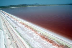 دریاچه حوض سلطان قم به منطقه نمونه گردشگری تبدیل میشود