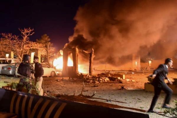15 کشته و زخمی درپی انفجار هتلی در جنوب پاکستان