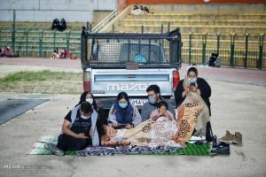 عکس/ احیای دومین شب قدر با رعایت پروتکل های بهداشتی در همدان
