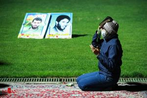 حال و هوای آخرین شب قدر در ورزشگاه همدان