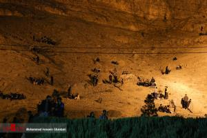 احیای شب قدر بر روی کوه های اطراف گلزار شهدای کرمان