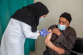 واکسیناسیون علیه کرونا در روستاهای قم