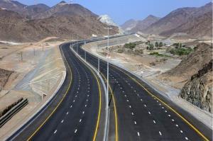 بزرگراه کنارگذر زارچ-اشکذر در استان یزد به بهرهبرداری رسید