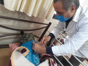 معلولان قزوینی در انتظار دریافت واکسن