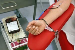 اهدای یک واحد خون جان ۳ نفر را نجات میدهد