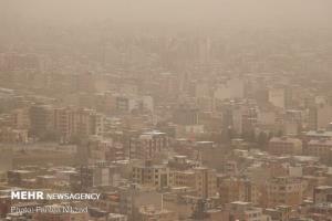 کارشناس هواشناسی کرمان: میزان گردوغبار در استان از بعدازظهر به تدریج کم میشود
