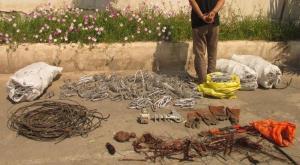 سارق ساختمانهای نیمهکاره و سیمهای برق در جیرفت دستگیر شد