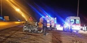 ۵ مصدوم در حادثه تصادف نیسان با پژو ۴۰۵ به جای ماند