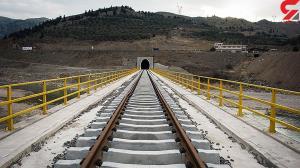 دستگیری سارقان ۲ تن ریل راه آهن در قم
