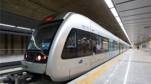 افزایش ساعت سرویس دهی قطارشهری مشهد در روز عید فطر