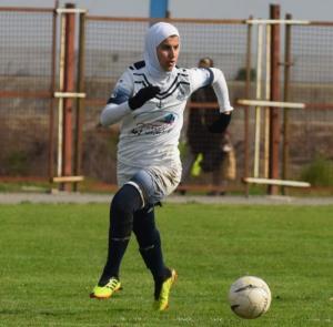 دعوت از بانوی فوتبالیست گیلانی به اردوی تیم ملی بزرگسالان