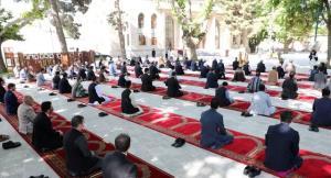 چگونه در شرایط کرونایی در نماز عید فطر شرکت کنیم؟