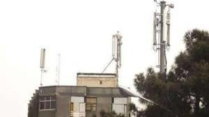 شهردار همدان: نصب دکلهای مخابراتی در پشتبامها ممنوع است