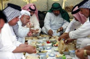 ناهار عید فطر در شهر بصره عراق