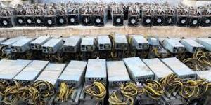 کشف ۹ دستگاه استخراج ارز دیجیتال قاچاق در ساوه