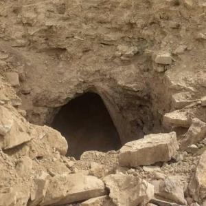 سفالینههای قبل از اسلام در محوطه تاریخی برج خنامان رفسنجان کشف شد