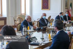 ظریف و نمایندگان دبیر کل سازمان ملل سر یک میز