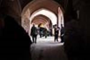عکس/ احیای بازارچه ۴۰۰ ساله میبد به همت مردم