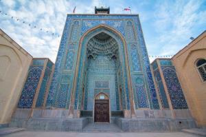 مرمت کاشیکاری مسجد ملک کرمان آغاز شد