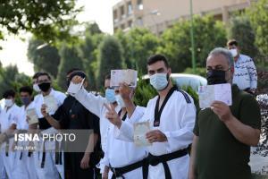 رئیس دانشگاه علوم پزشکی اصفهان: مردم فاصله فیزیکی را بیشتر رعایت کنند