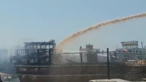 آتشسوزی یک فروند لنج باری در گناوه یک مصدوم برجاگذاشت