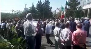 تجمع کارگران مخابرات آذربایجانشرقی برای طرح خواستهها