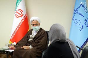 عکس/ دیدار اژهای با خانوادههای محکومان ناآرامیهای آبان ۹۸
