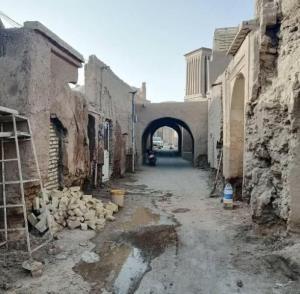 مرمت معابر بافت تاریخی بافق با تامین یک میلیارد تومان آغاز شد
