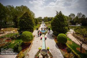 مدیرعامل سازمان پارکها شهرداری اصفهان: شنبهها بلیت باغ گلها نیم بها است