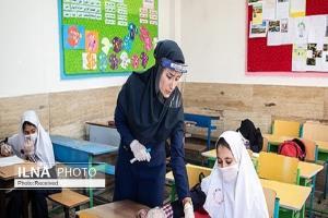 واکسیناسیون معلمان قزوین از فردا آغاز میشود