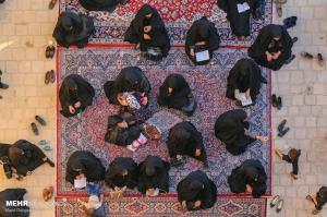 روضه خوانی سنتی در بقعه سید رکن الدین یزد