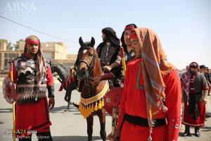 کاروان نمادین اسرای کربلادر روز اربعین حسینی