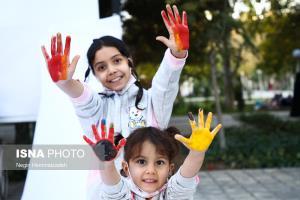 در حاشیه سی و چهارمین جشنواره بینالمللی فیلم کودک و نوجوان