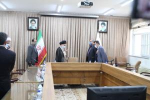 وزیر بهداشت با مراجع تقلید و علما در قم دیدار کرد