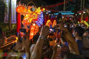 جشنواره رنگارنگ نیمه پاییز در هنگ کنگ